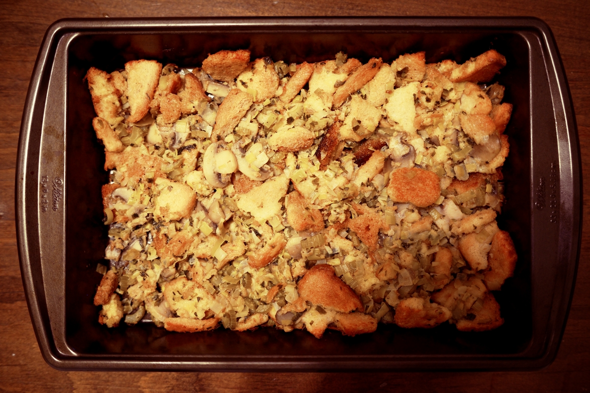 Paper And Plates Mushroom Leek Bread Stuffing With Herbs