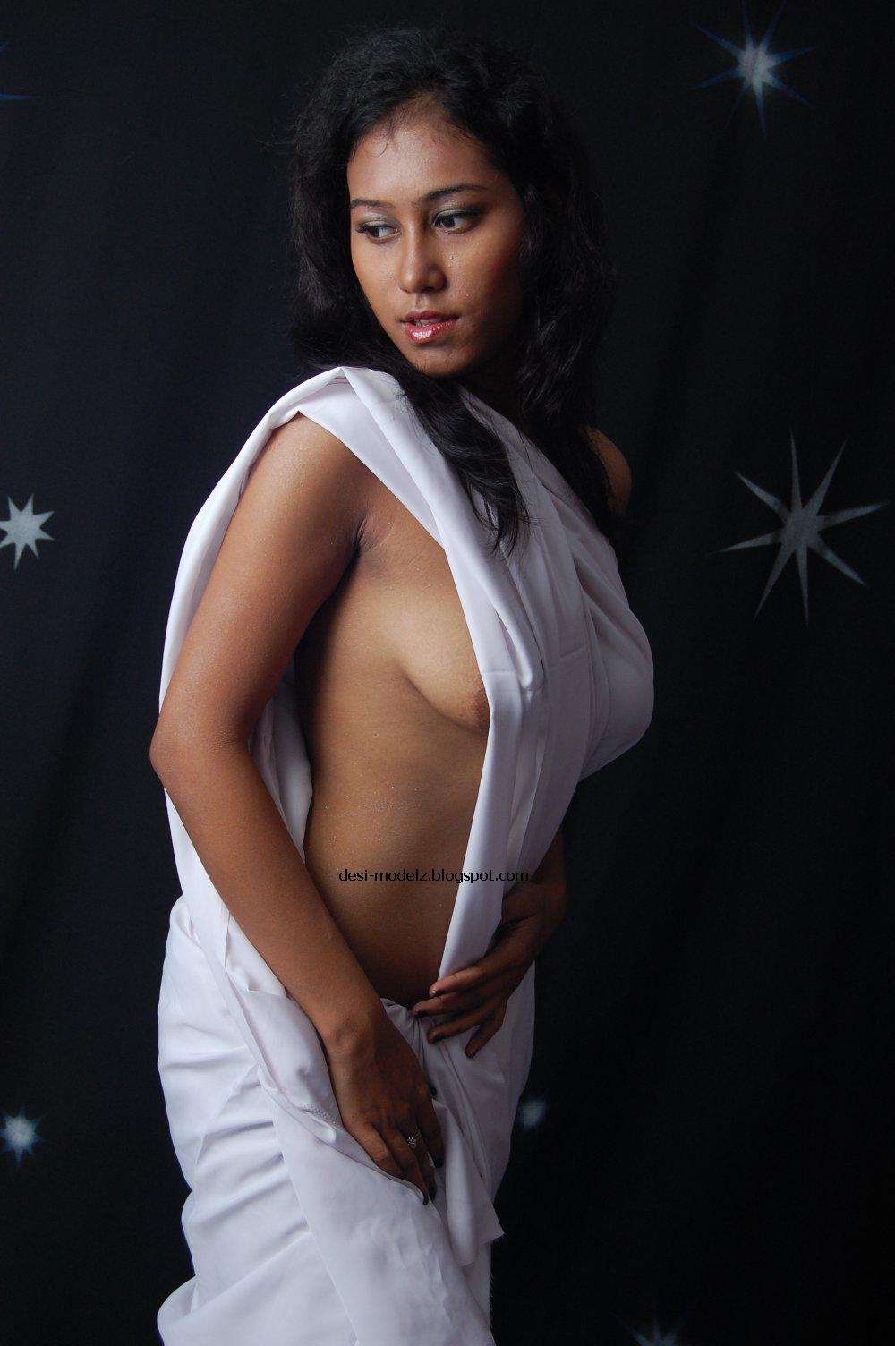 photo Model desi nud