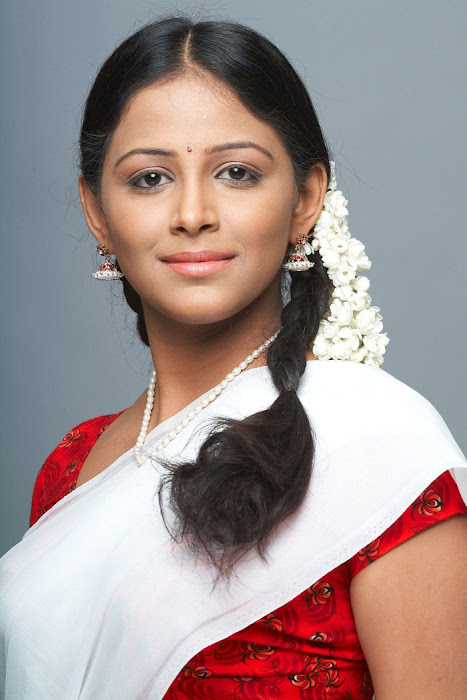 subhiksha spicy in saree cute stills