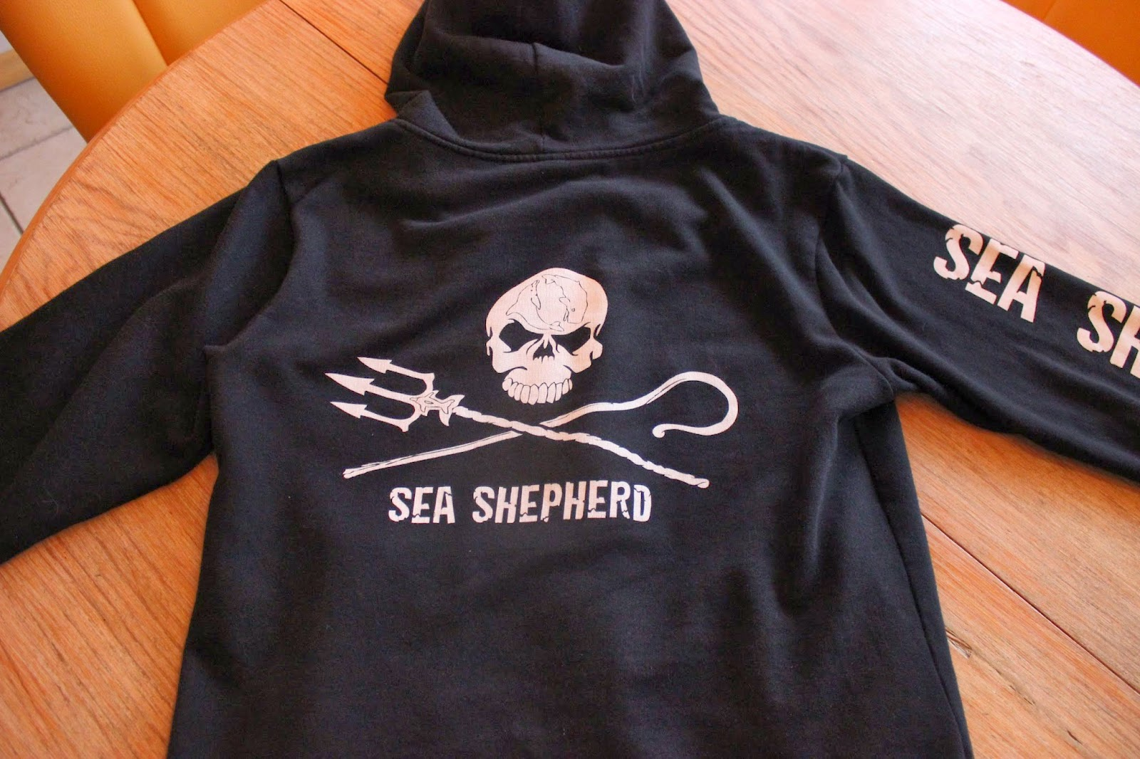 sea shepherd shop sea shepherd einebinsenweisheit. Black Bedroom Furniture Sets. Home Design Ideas