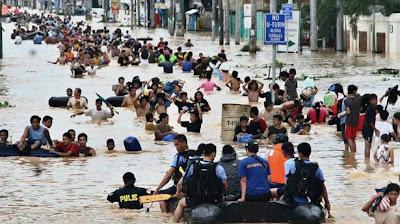 Evacuaciones masivas en India por inundaciones, Septiembre 2012