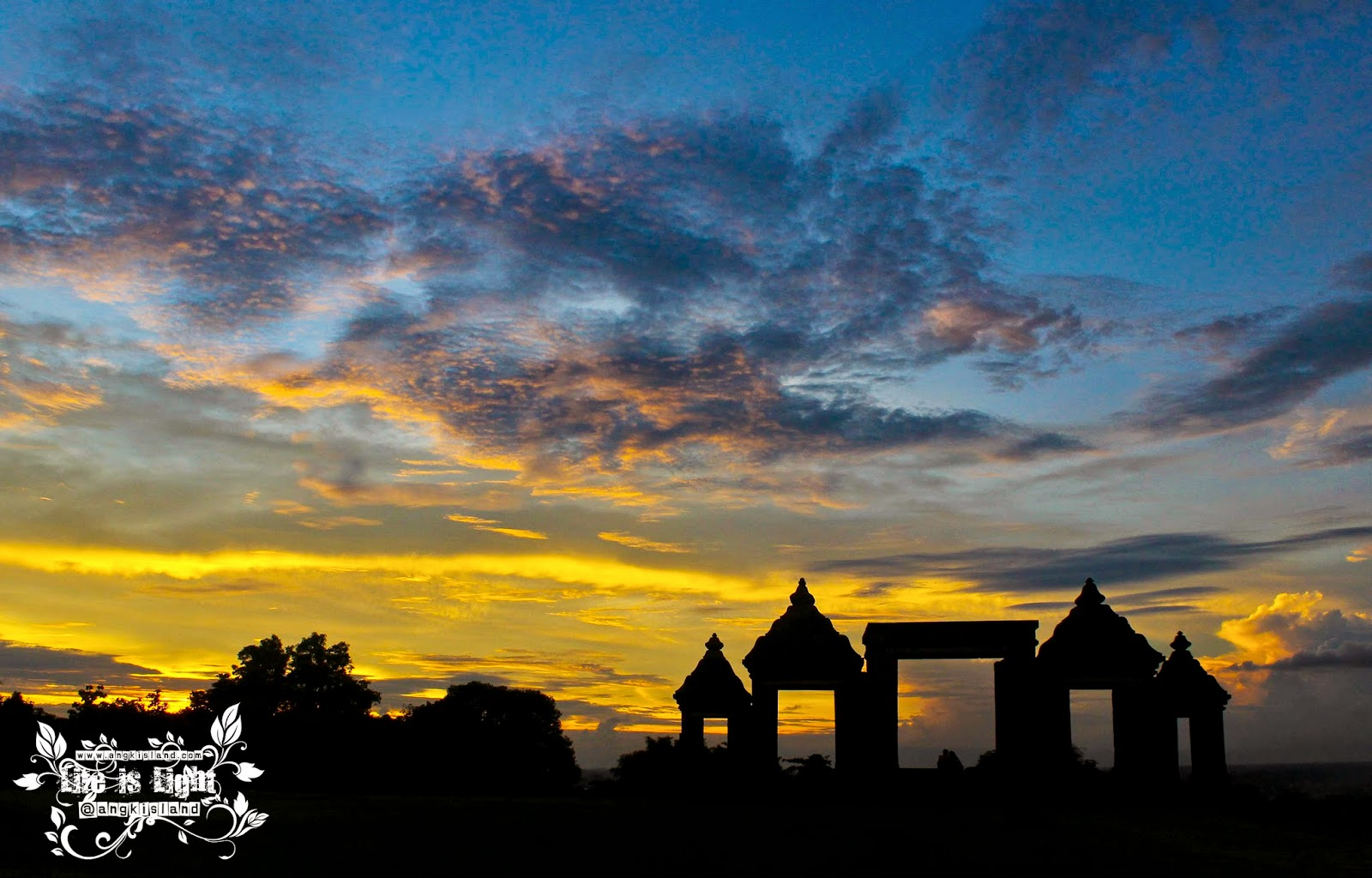burning sky ratu boko