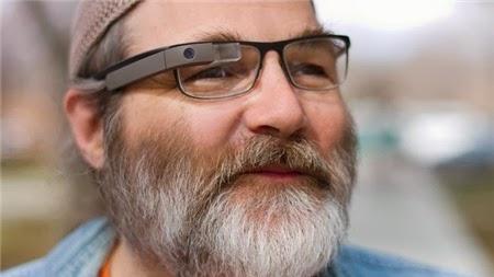 """Kính thuốc"""" Google Glass sẽ có mặt vào tháng 1/2014"""