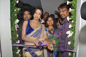 Naturals Saloon Spa launch by Sanjana-thumbnail-1