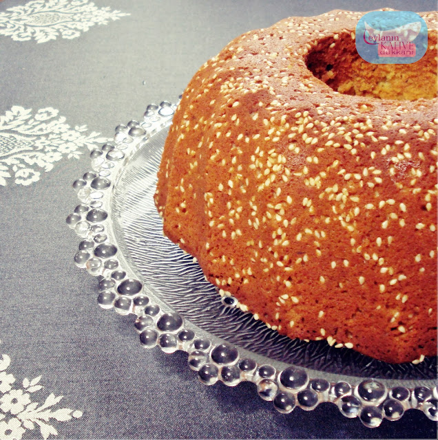 susam mantolu tahinli kek
