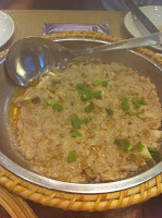 steamed mince pork with diced mushrooms and preserved vegetable 梅菜蒸手剁肉饼
