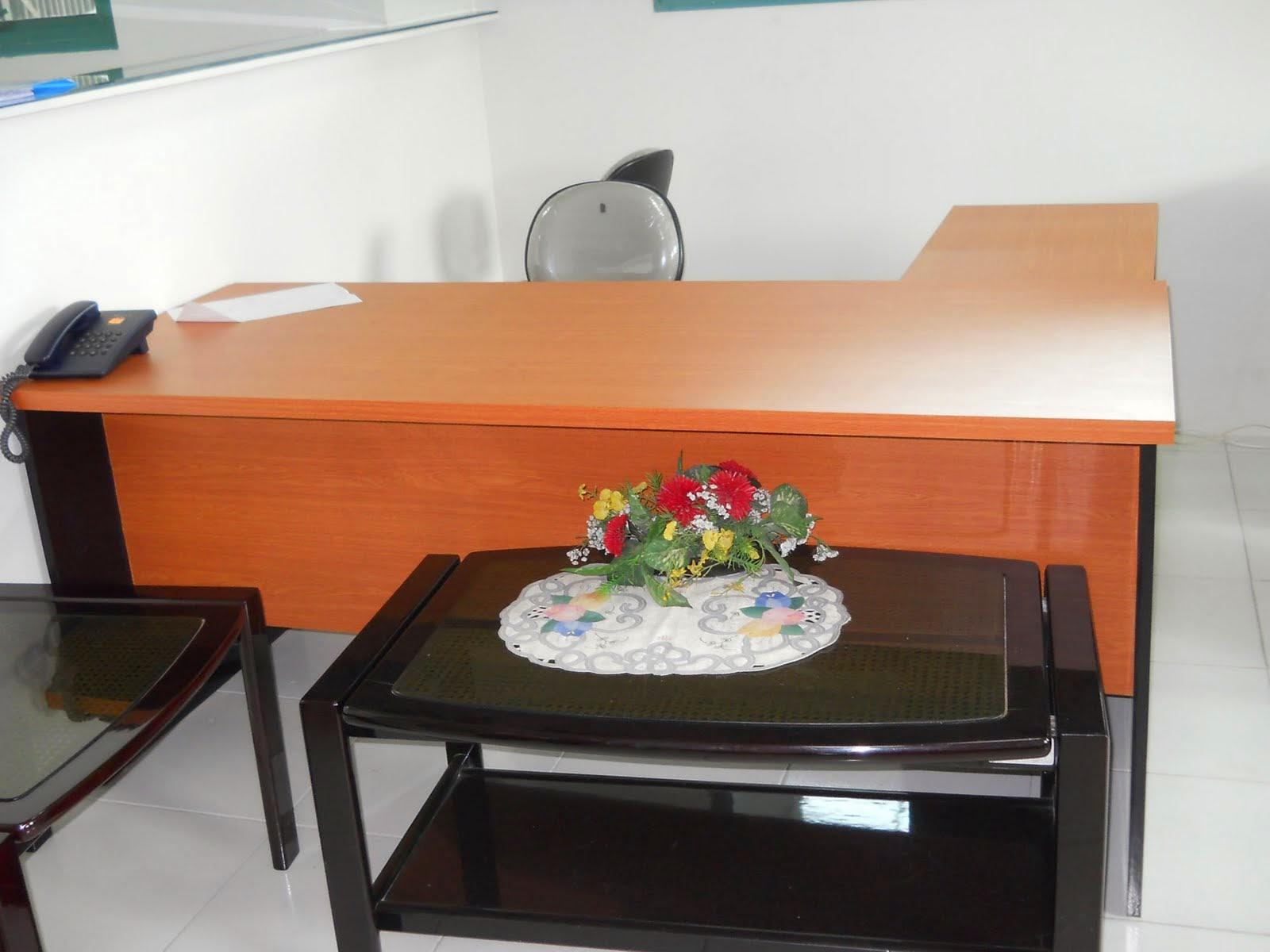 furniture semarang meja kerja kantor 01