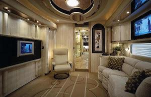 «Будинок на колесах» створений з розумінням в розкішних деталях і неперевершеним рівнем персонально