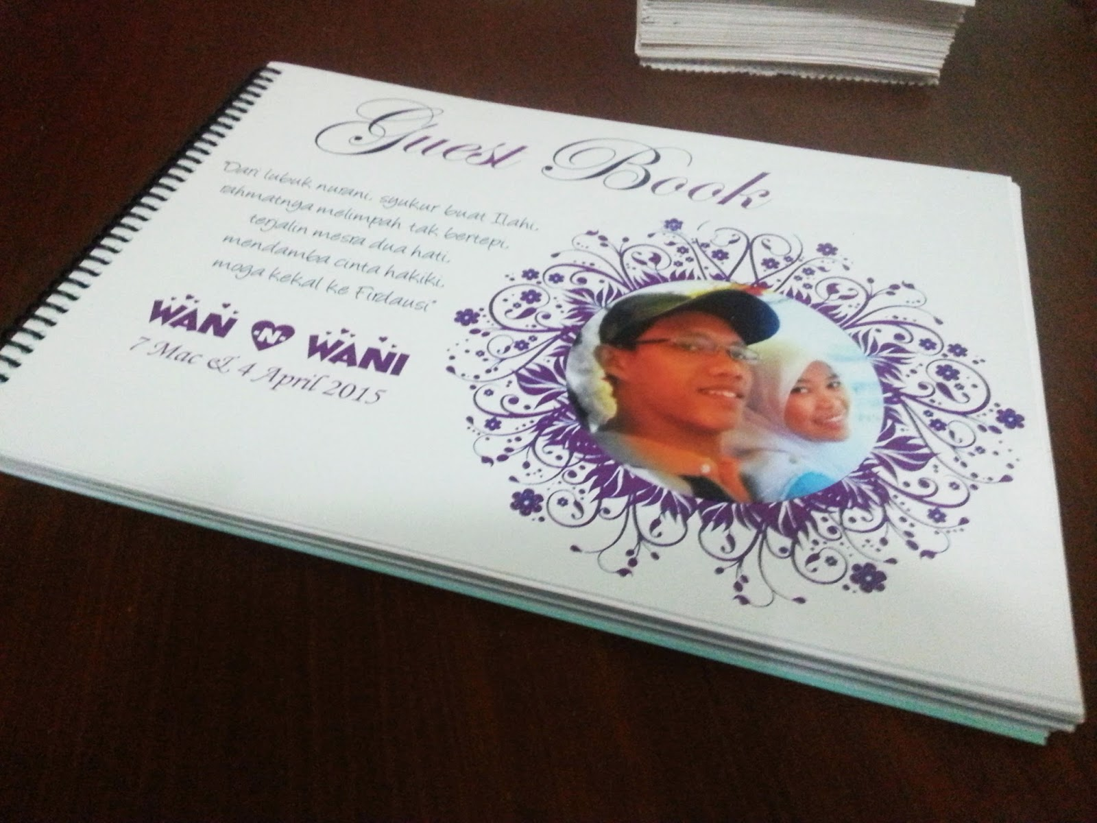 guest book tema purple