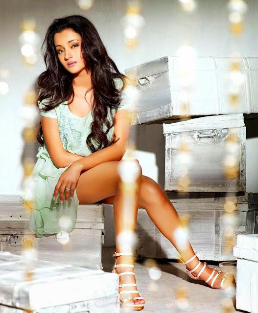 Trisha Krishnan Beautiful HD Wallpapers 2014 Exclusive Download