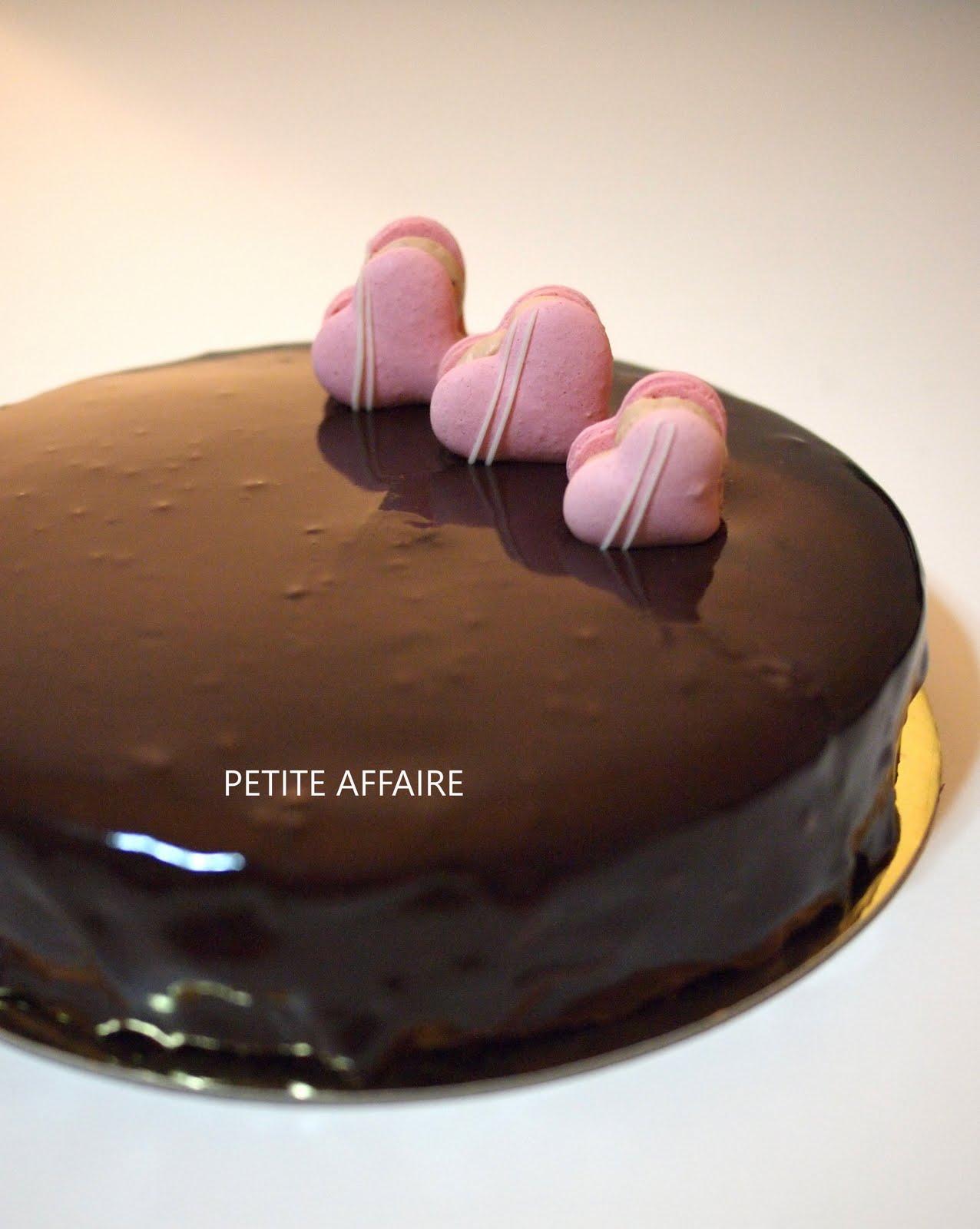Shiny Chocolate Glaze Cake Ideas And Designs
