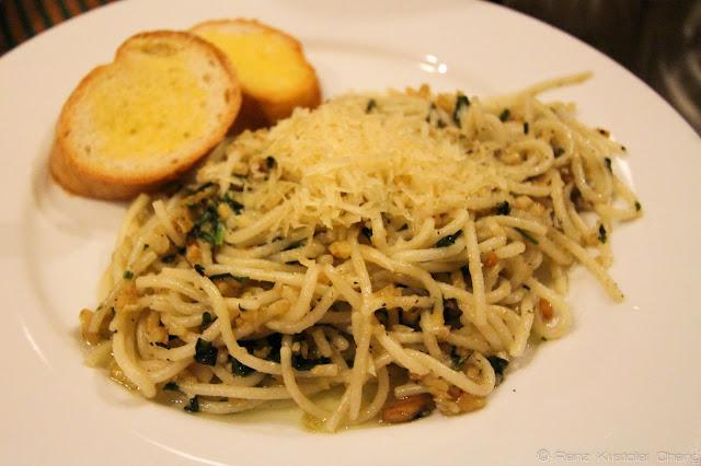 """Specialty dish"" of Smalltalk: Pili Basil Pasta"