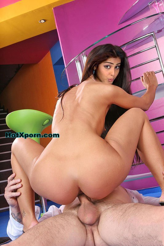 Nude Genelia D'souza Without clothes Riding On Cock Showing Big Ass