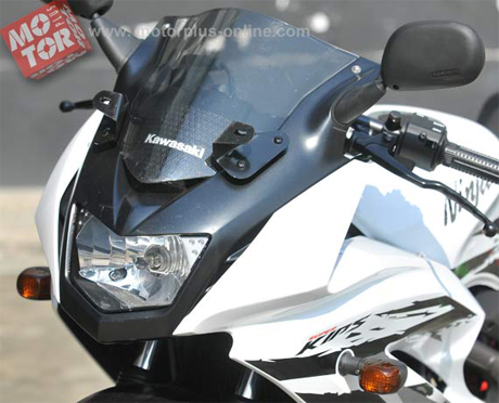 lampu depan kawasaki new ninja 150RR 2012