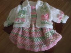 Bebek elbisesi ve hırka