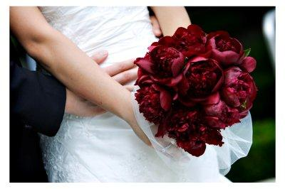 red+peonies+bouquet Wedding Inspiration: Peony Bouquets