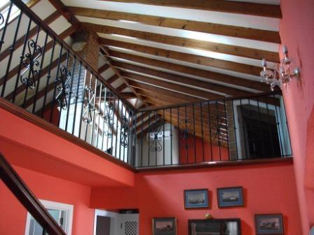 Techos de vigas de madera construcci n de techos de - Vigas de imitacion madera para techos ...