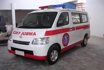 "Alasan Tulisan ""Ambulance"" di Depan Mobil Ambulan Terbalik, Mobil jenazah ambulance modifikasi unik tulisan terbalik"