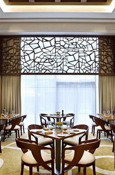 احلى ديكورات لعيونكم 2011 Four Points By Sheraton Sheikh Zayed Road - photo 15.jpg