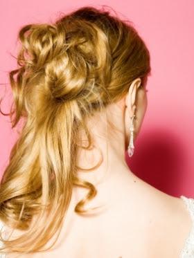 peinado cabello largo rizado