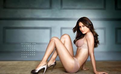 Hot Kareena Bikini
