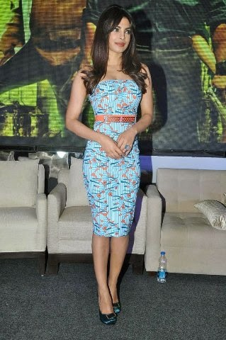 Priyanka Chopra in blue mini skirt looks very smart and superhot hot-bollywood actress hd pics