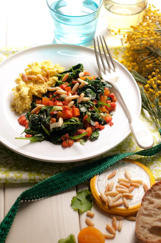 Az indiai-olasz saláta, avagy meleg sárgarépasaláta mézes-fokhagymás ricottakrémmel