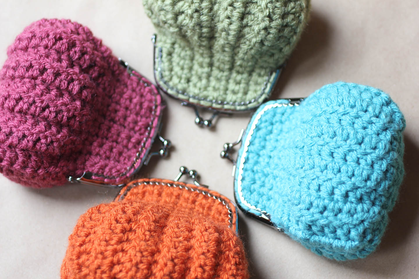 Crochet Coin Purse Pattern : Crochet Coin Purse - Repeat Crafter Me