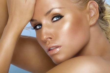 bronzage peau morte
