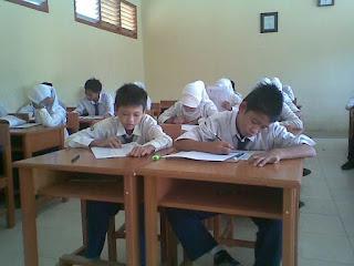Kumpulan Soal UTS Kelas 9 IX SMP / MTS Semester 2