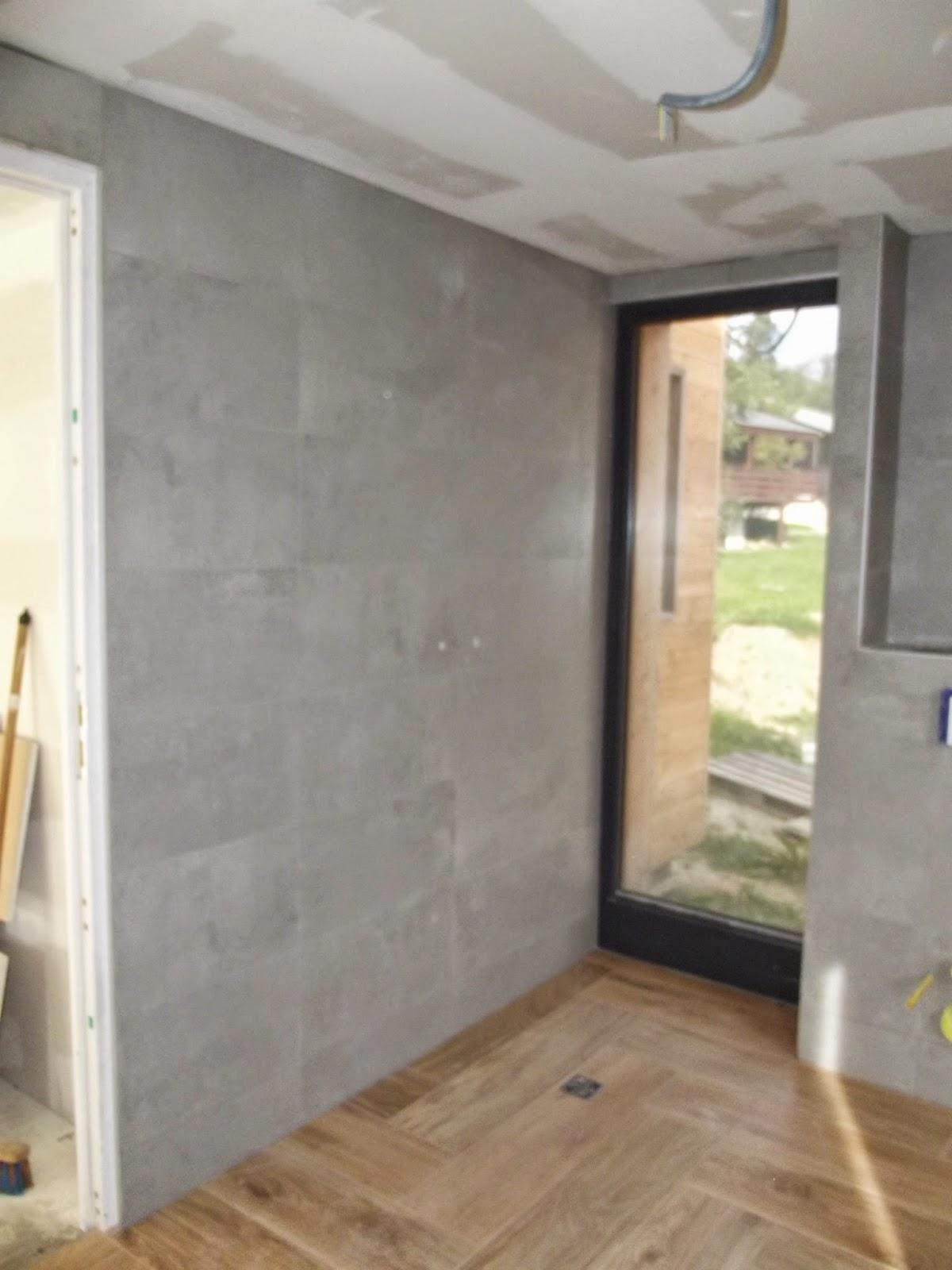 Concept carrelage cr ation grande salle de bain grise for Douche a l italienne grise