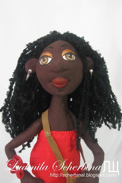 текстильная кукла-негритянка на проволочном каркасе
