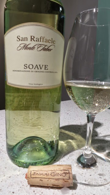 Wine Review of 2013 San Raffaele Monte Tabor Soave from DOC, Veneto, Italy (86 pts)