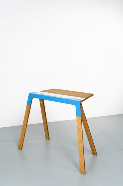 Trestel table