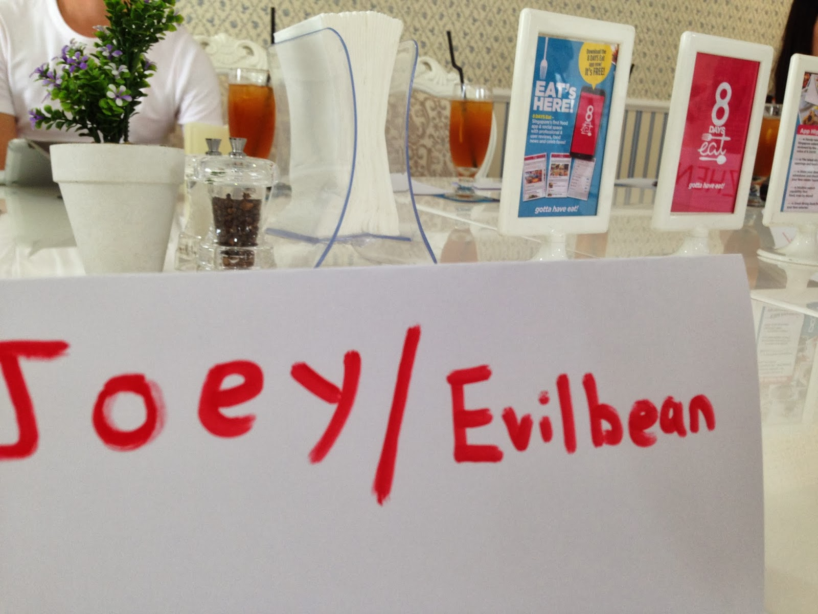 Evilbean @ 8 Days Eat