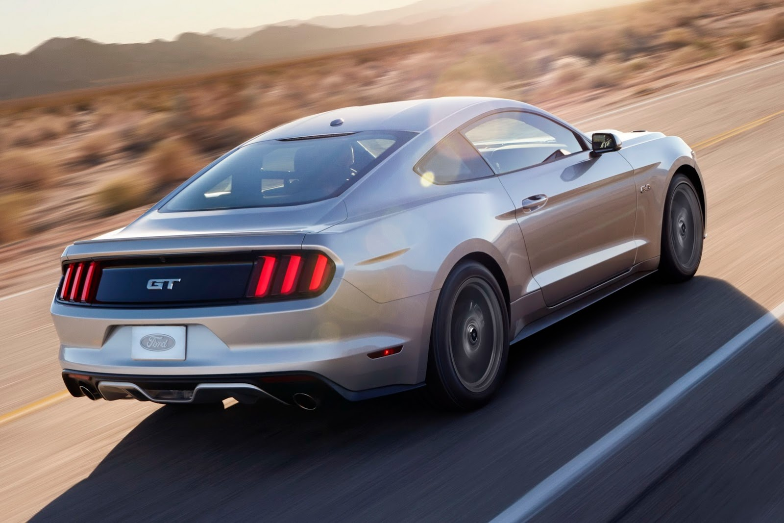 PHOTO GALLERY & Ford Mustang Regains Muscle Car Sales Crown In 2015 markmcfarlin.com