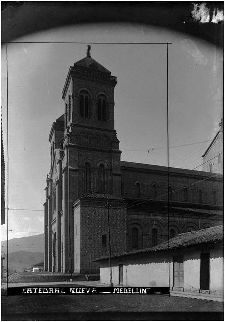 Medellin antiguo y su musica dueto de anta o el ayer y el hoy aquellas canciones - El escondite calle villanueva ...