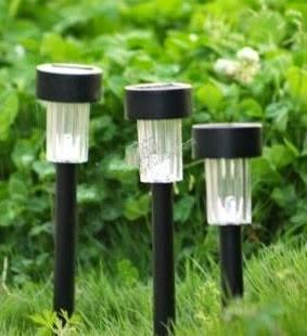 Lampu Taman Unik Hemat Energi