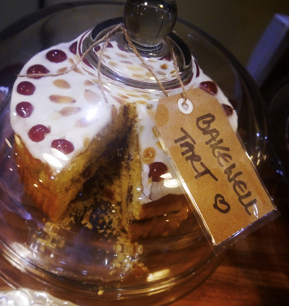 tearoom, Dundee tearoom, Bakewell Tart Cake, Dundee bloggers