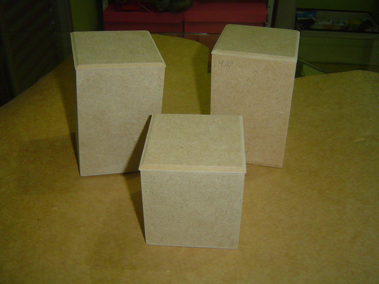 Potinhos para banheiro com textura de renda Tramas e Pinturas O  #5C4F10 1600 1200