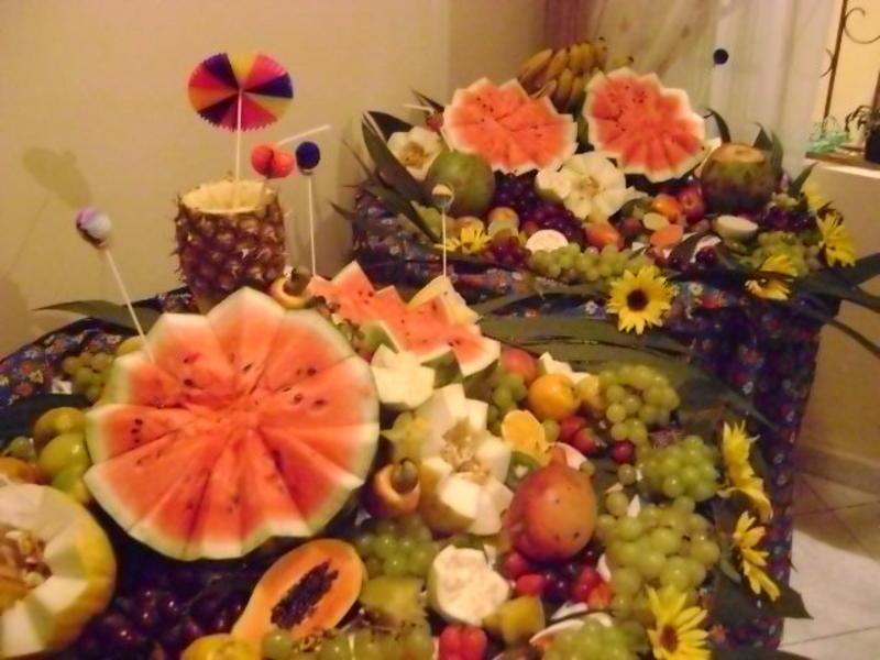 Dicas para preparar uma ceia de natal simples, barata e deliciosa [Revista Biografia] Revista  -> Decoração Ceia De Natal Simples