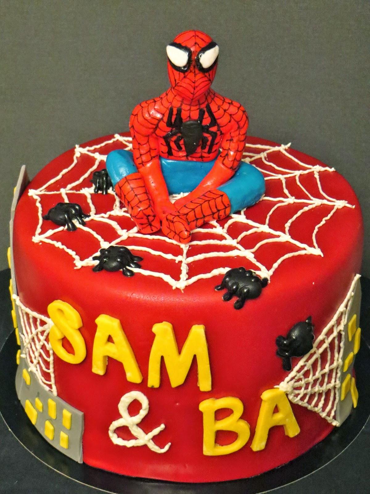 g teau d 39 anniversaire spiderman mam 39 zelle cakes. Black Bedroom Furniture Sets. Home Design Ideas