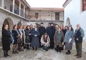 Ανηφορίζοντας στην Ιερά Μονή Ομπλού για την Ακολουθία των Χαιρετισμών της Υπεραγίας Θεοτόκου (φώτο)