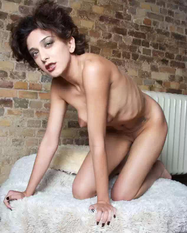 desi nude model hot photoshoot   nudesibhabhi.com
