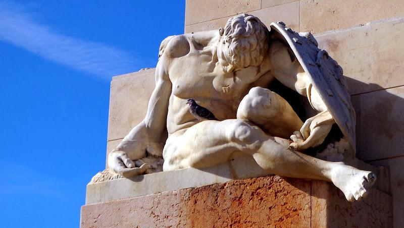 Denkmal in Brindisi (Apulien)
