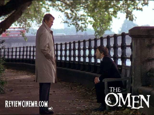 """<img src=""""The Omen.jpg"""" alt=""""The Omen Robert menemui Pastor Brennan"""">"""