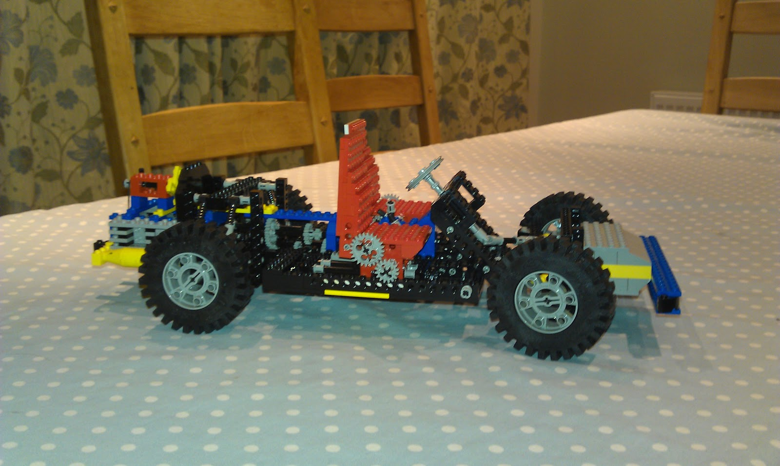 paul 39 s geek dad blog raspberry pi powered lego car. Black Bedroom Furniture Sets. Home Design Ideas