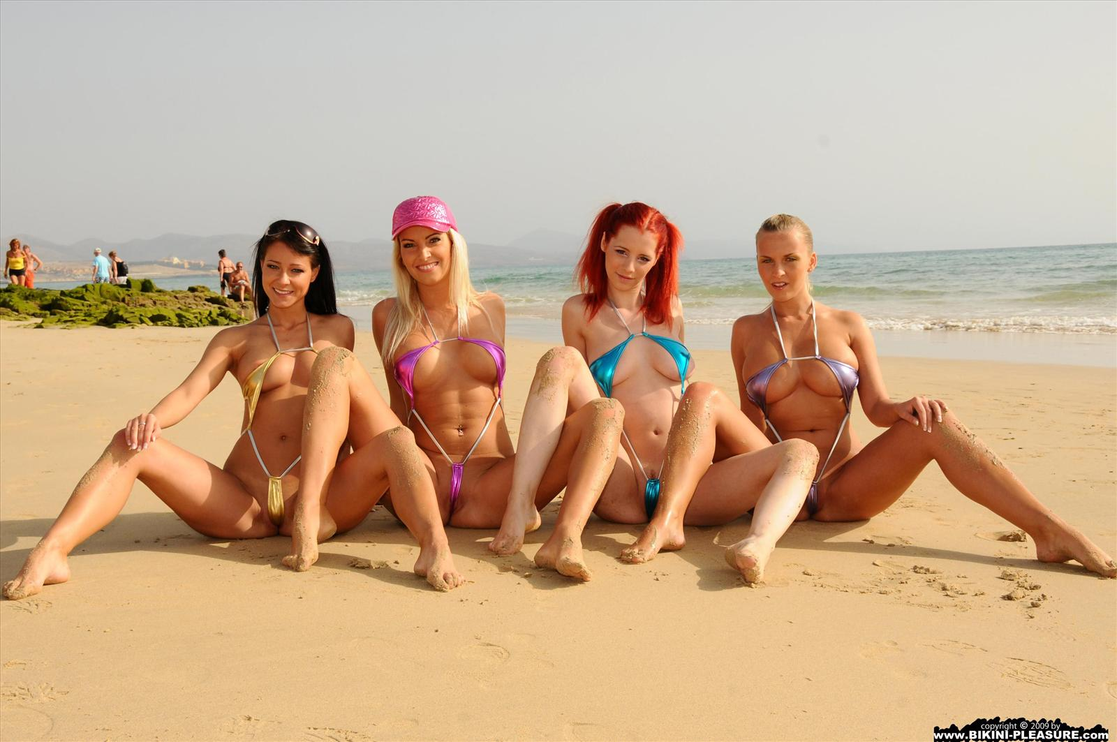 www.CelebTiger.com+Super+Mini+Bikini+Girls+At+Beach+44 Sexy Chicks Wearing Super Micro Bikini At Public Beach And Gets Nude HQ Photo Gallery