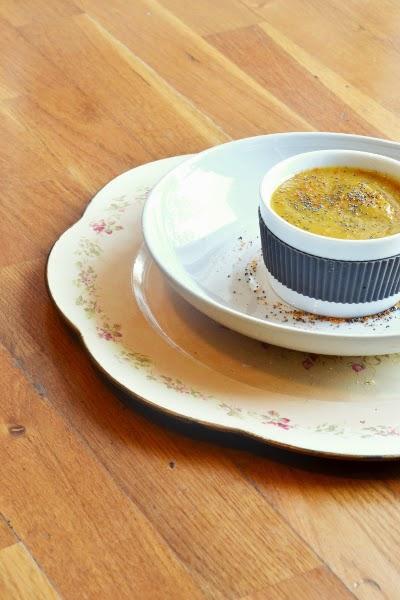 zuppa di zucca con salsa di soia e finocchi