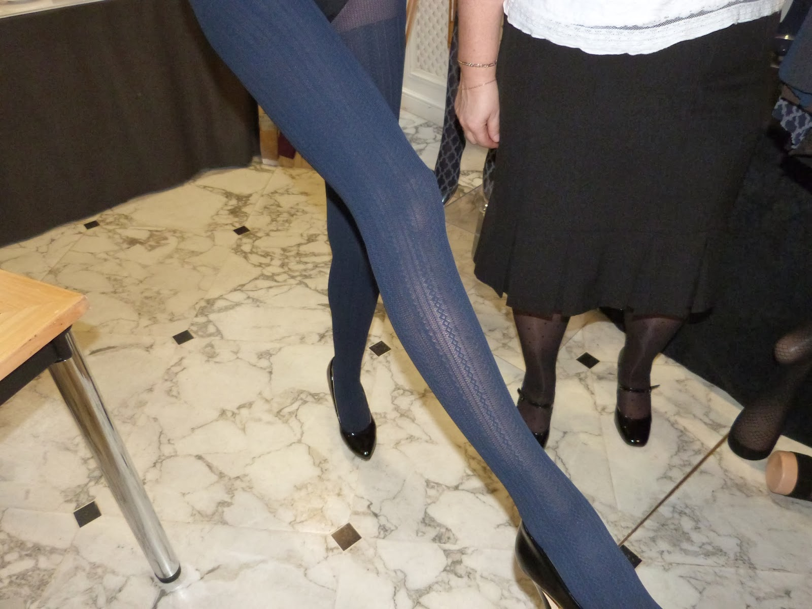 charnos cable rib opaque tights navy